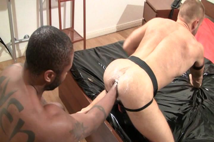 Fist Frenzy Xvideo gay