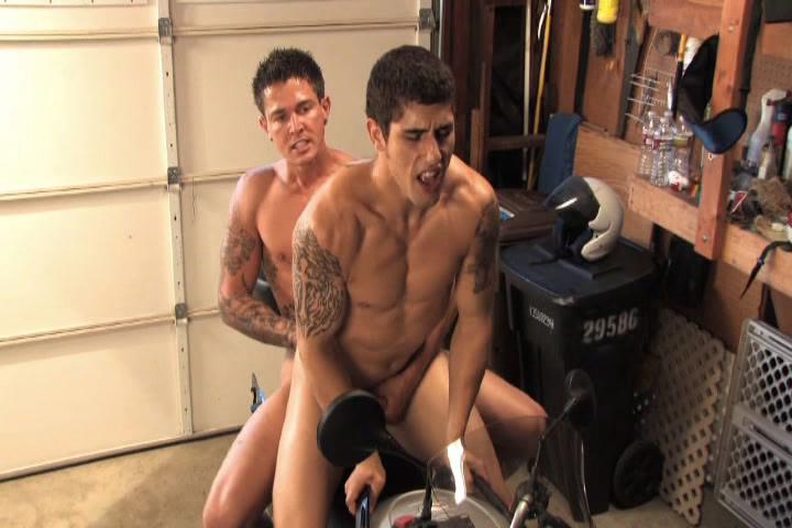 Ride Me Xvideo gay