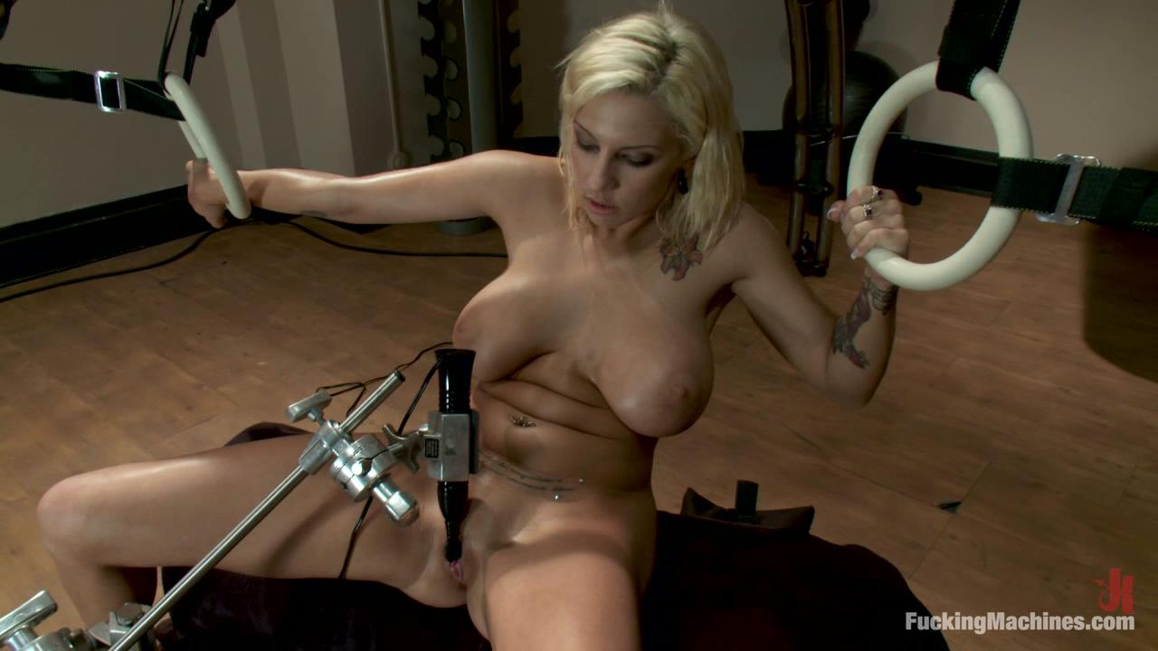 Fucking Machines: Lylith Lavey xvideos163269