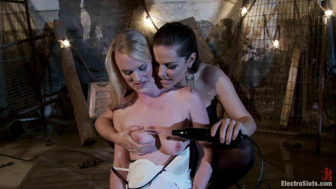 ElectroSluts: Bobbi Starr And Hydii May xvideos164114