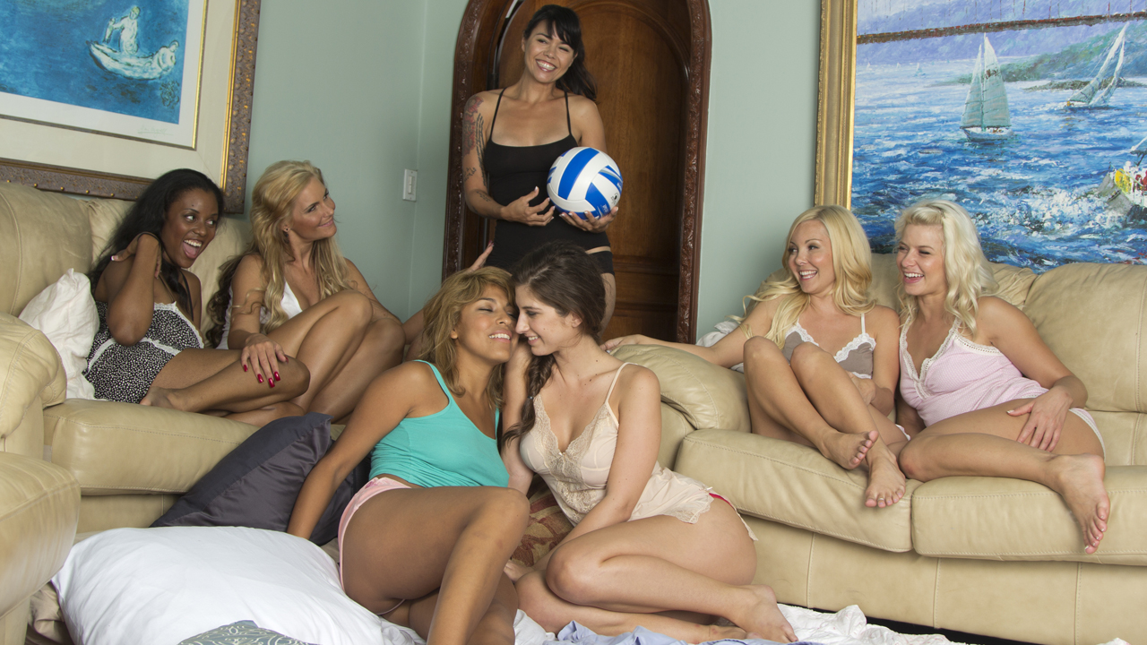 Lesbian Slumber Party 3: Girls Volleyball Team xvideos164482