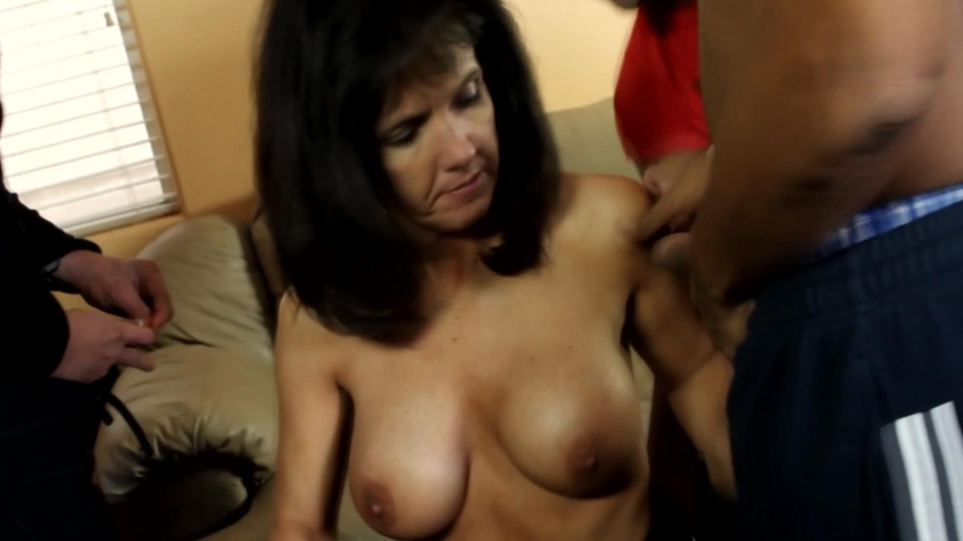 Gangbanged By Six Guys xvideos164624