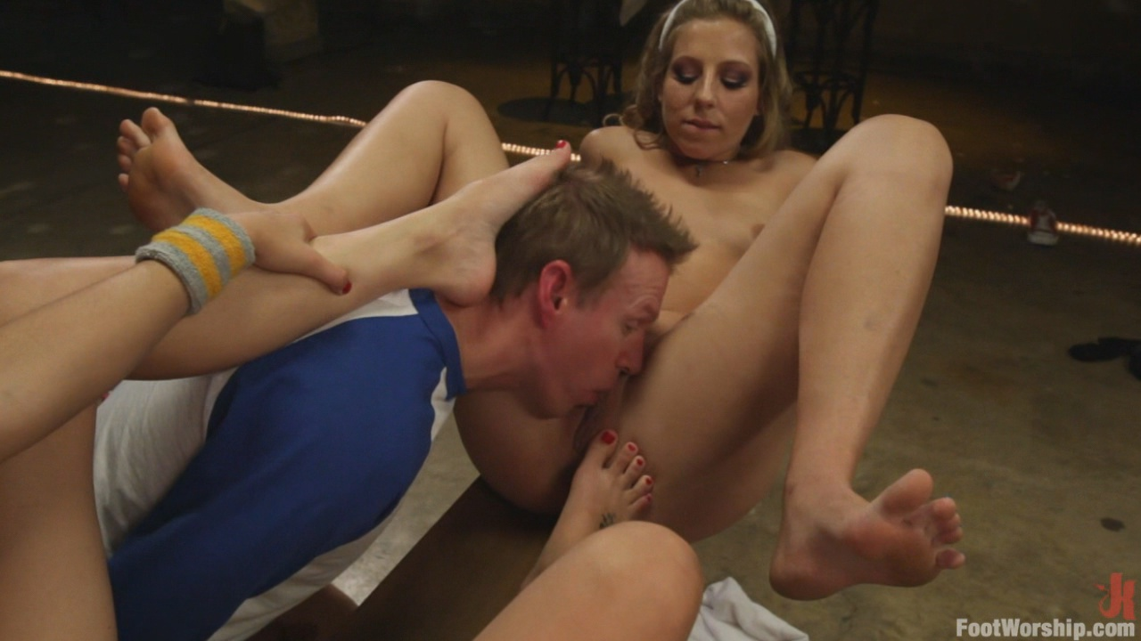 Foot Worship: Dirty Socks And Roller Skates xvideos167184
