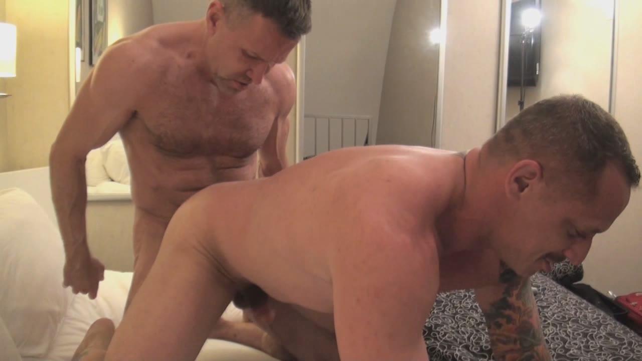 Bossy Bareback Bottoms Xvideo gay