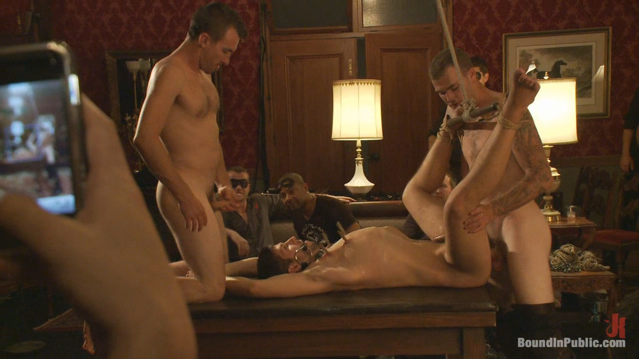 Bound In Public: Gay Night On The Upper Floor Xvideo gay