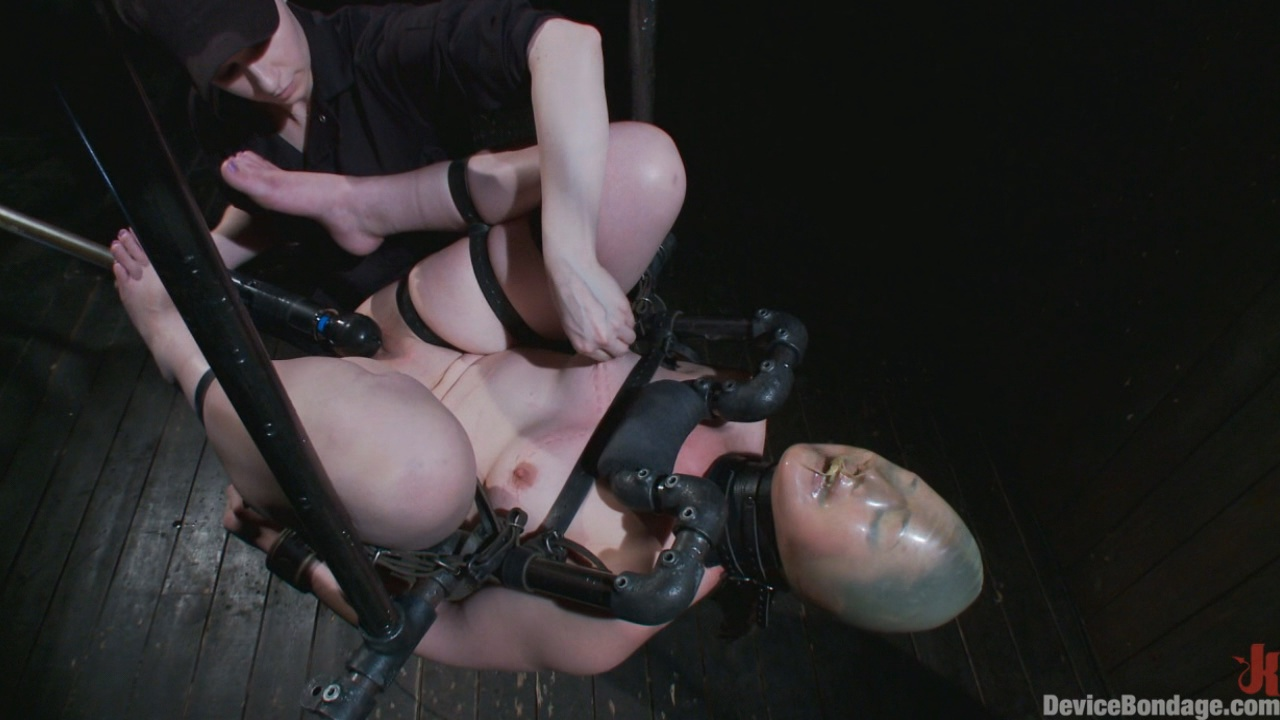 Device Bondage: Sexy Sarah Gets Fucked Hard In Brutal Bondage With Nerve Racking Breath Play Xvideos171717