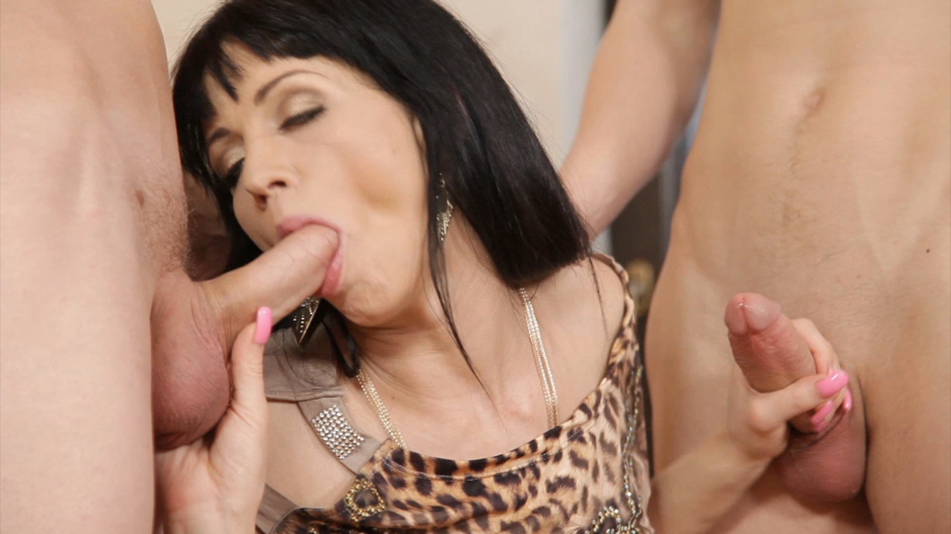 Bi-Sexual Cuckold 5 xvideos175325