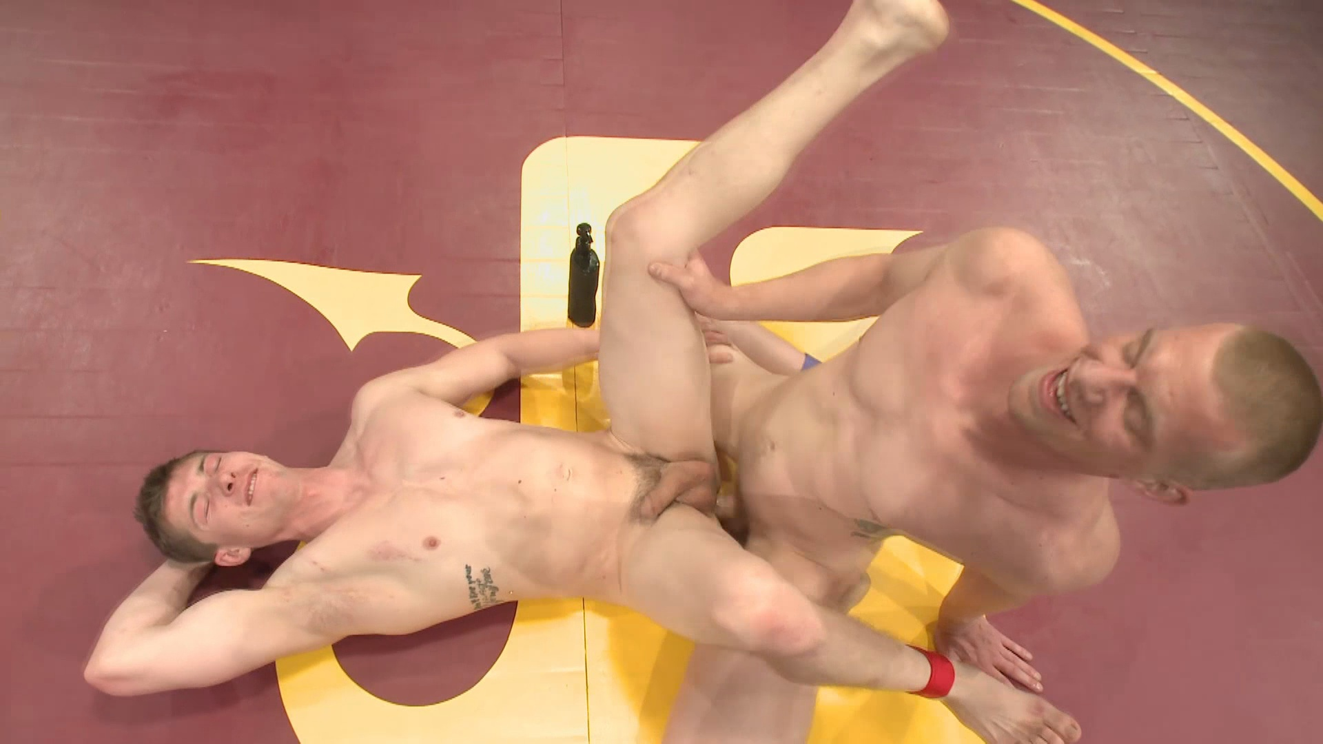 Naked Kombat: Will The Punisher Parks VS Blake The Behemoth Daniels Xvideo gay
