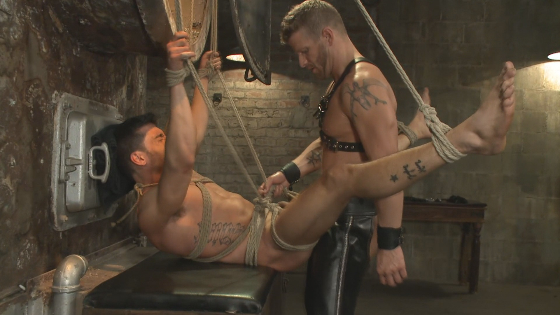 Bound Gods: Straight Stud Taken From His Girlfriend Xvideo gay