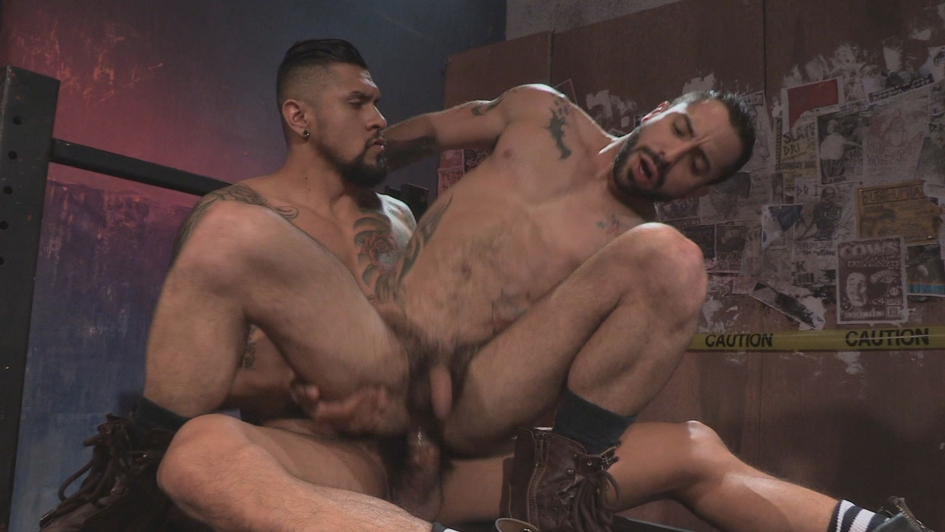 Under My Skin Xvideo gay
