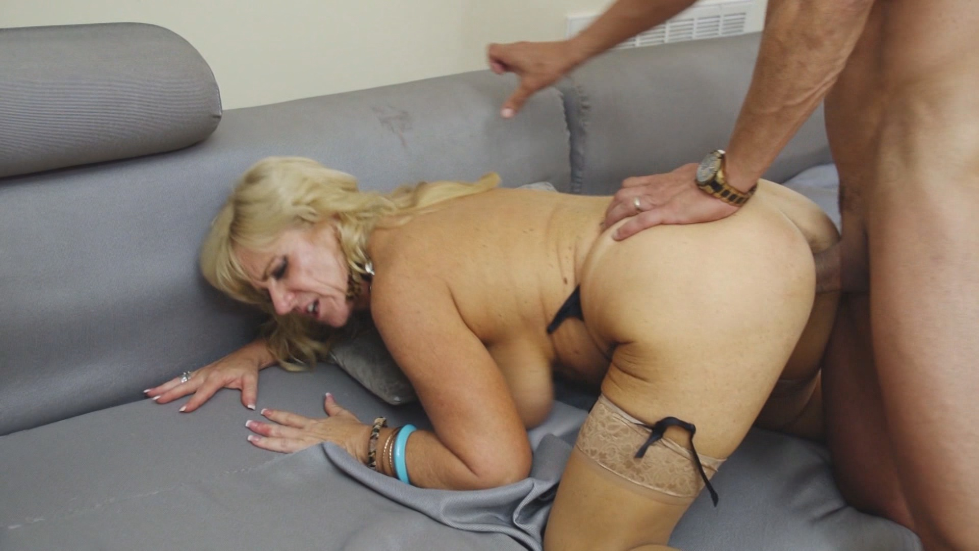 Horny Grannies Love To Fuck 6 xvideos180369