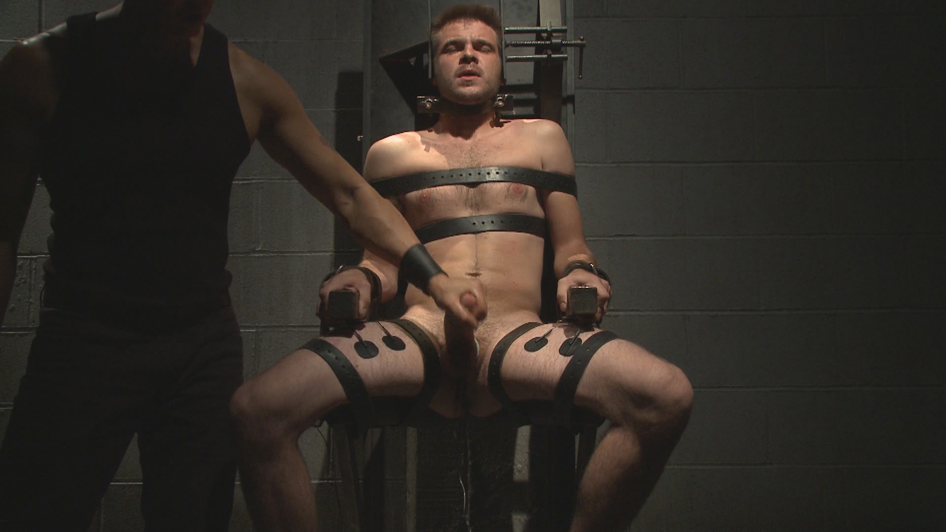 30 Minutes Of Torment: Straight Stud James Riker Tossed Around Like A Rag Doll Xvideo gay