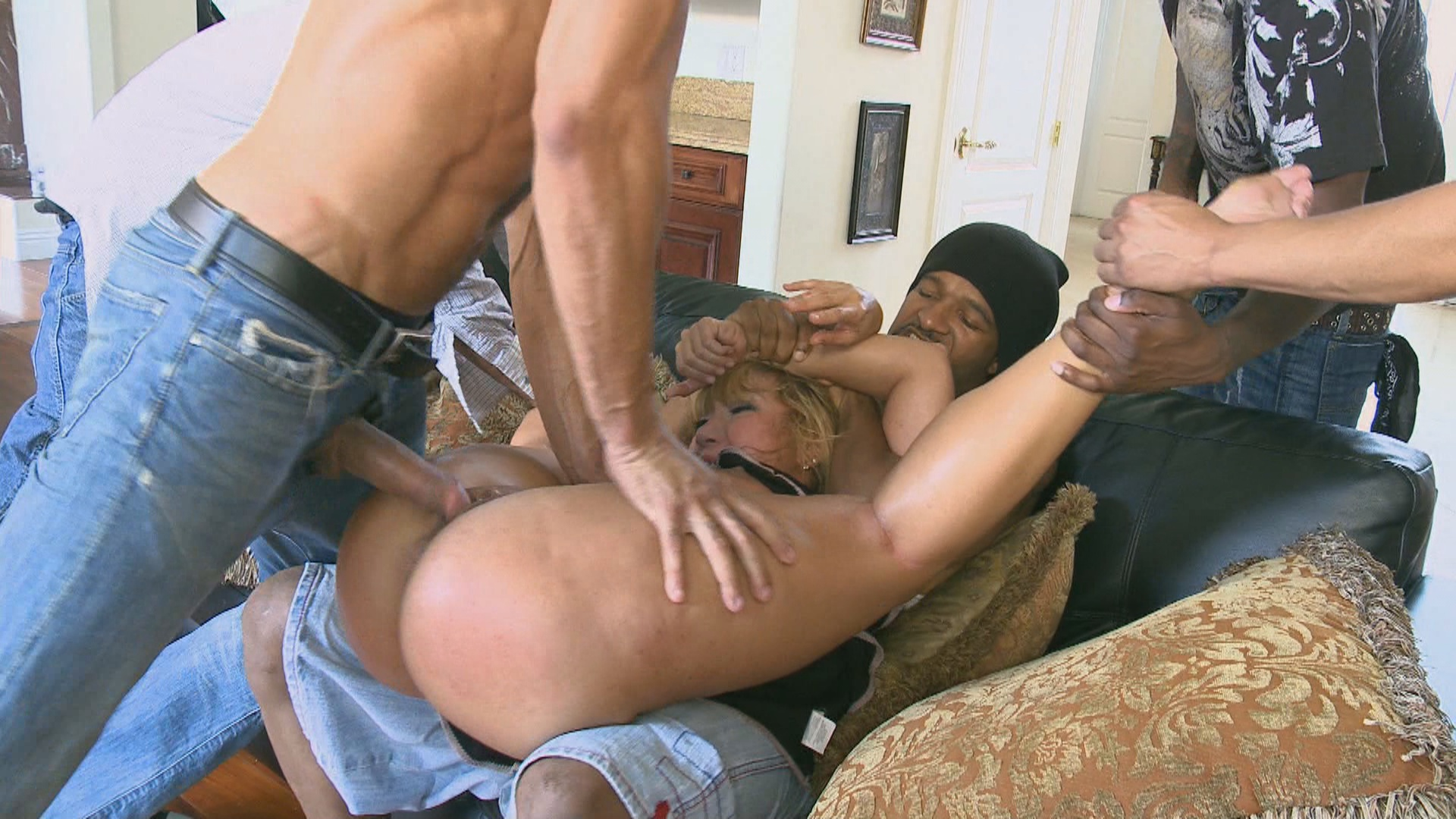 Hardcore Gangbang: Rich MILF Taken Down And Gangbanged By Her Daughters Black Thug Friends xvideos181653
