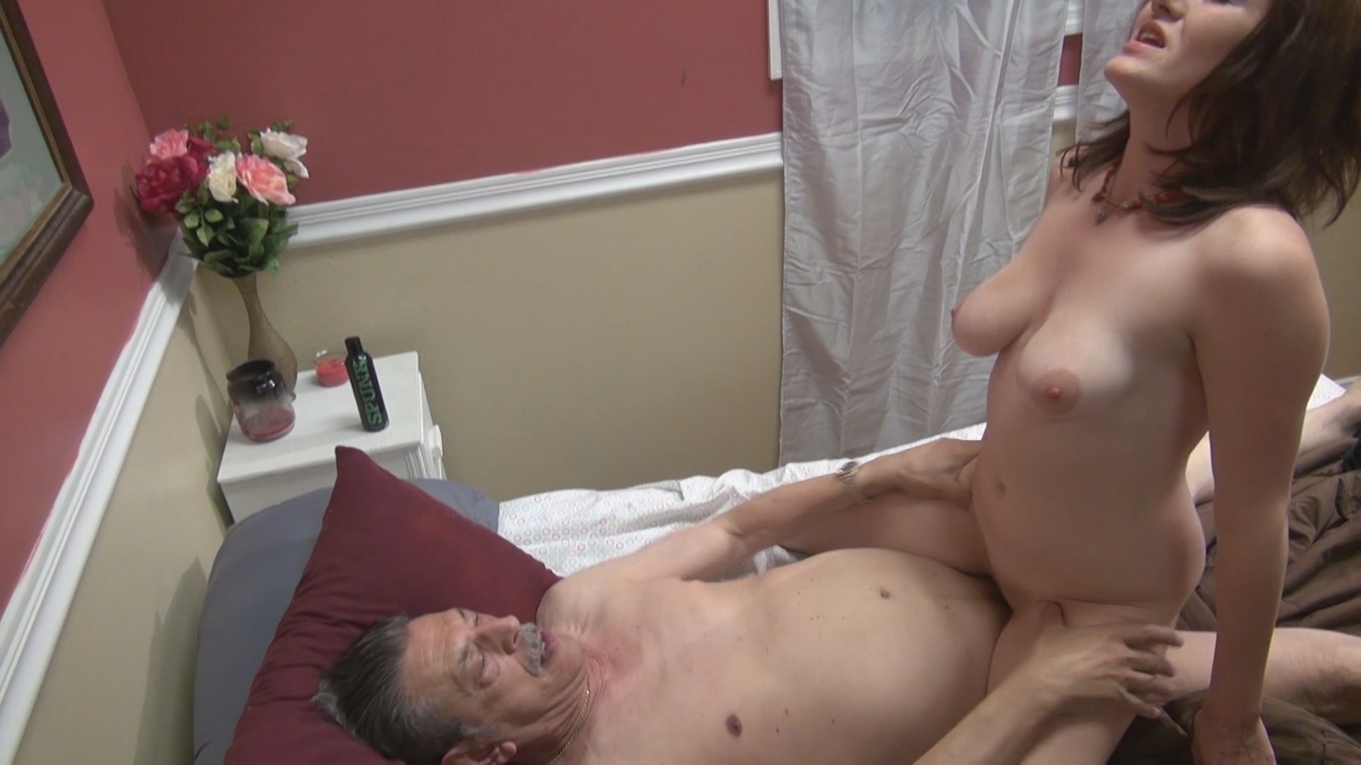 Weekends At Grandpas 4 xvideos193384