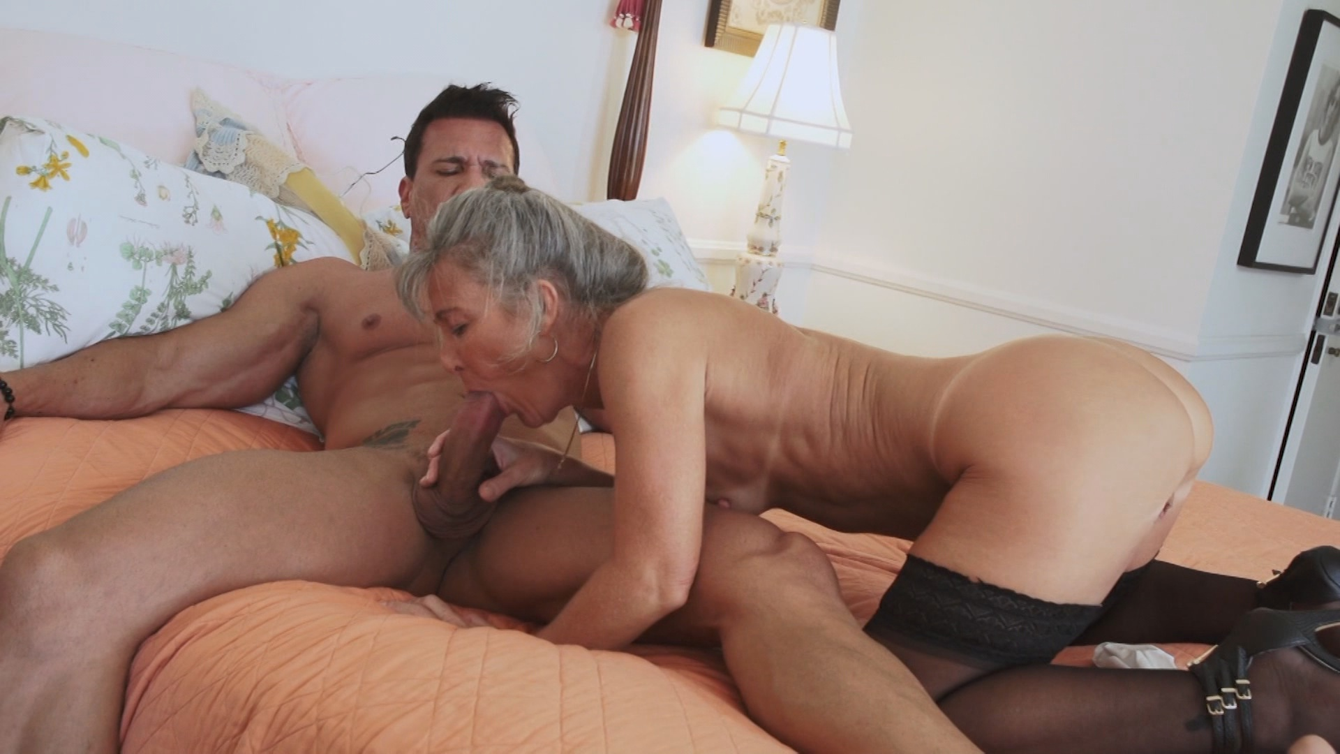 Horny Grannies Love To Fuck 10 xvideos195193