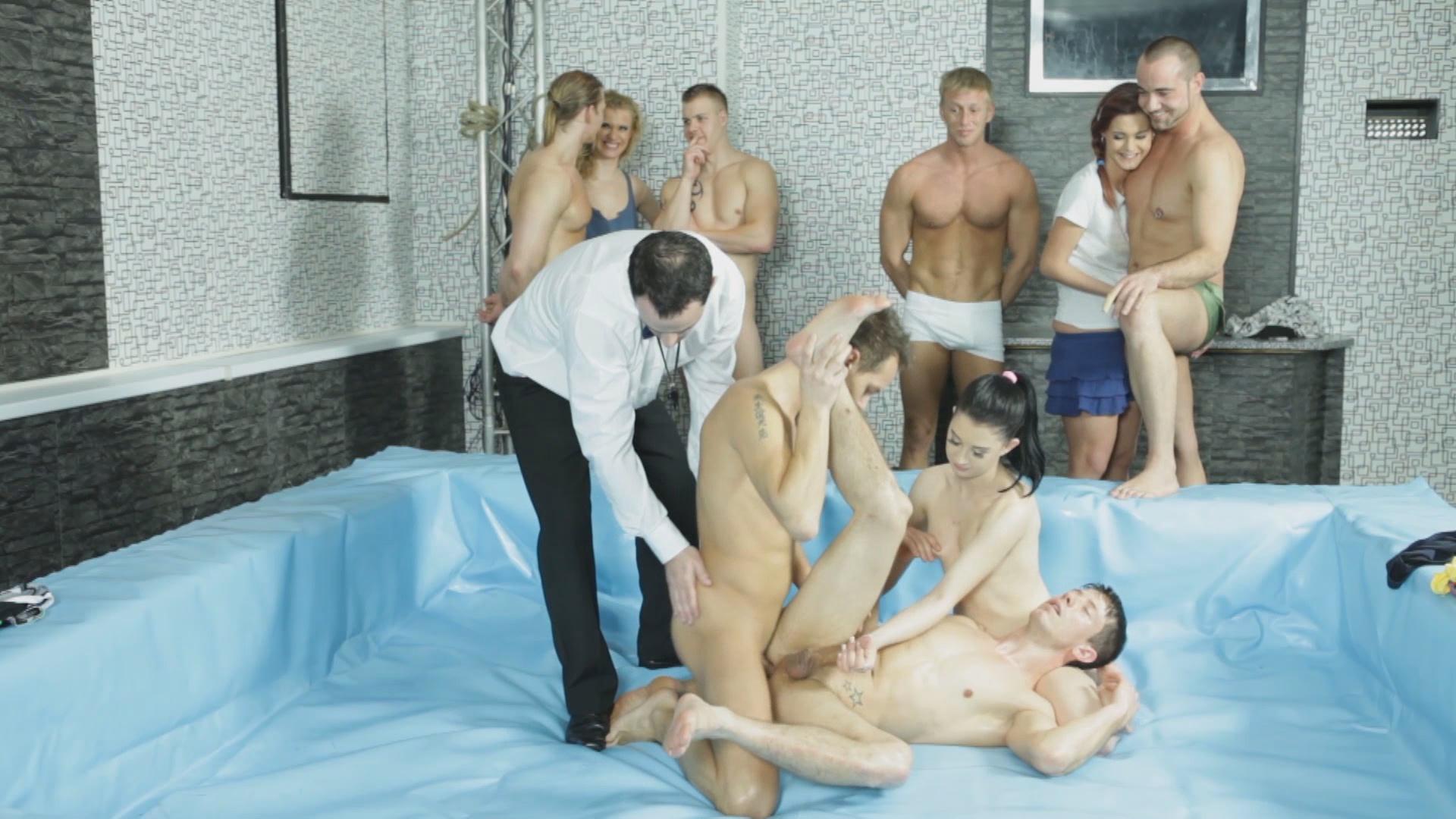 Bi Sex Party 30: Bi Brawlers xvideos196783