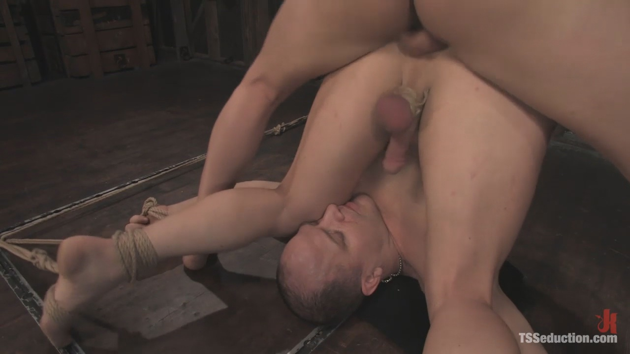 TS Seduction: Jesse and Anthony