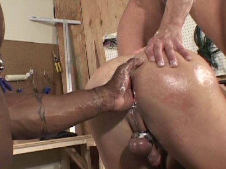 Bareback Wood Workers Xvideo gay